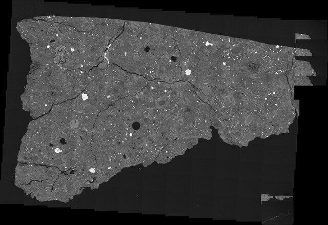 یک سنگ فضایی قدیمی معمای عدم تقارن عجیب حیات را توضیح می دهد
